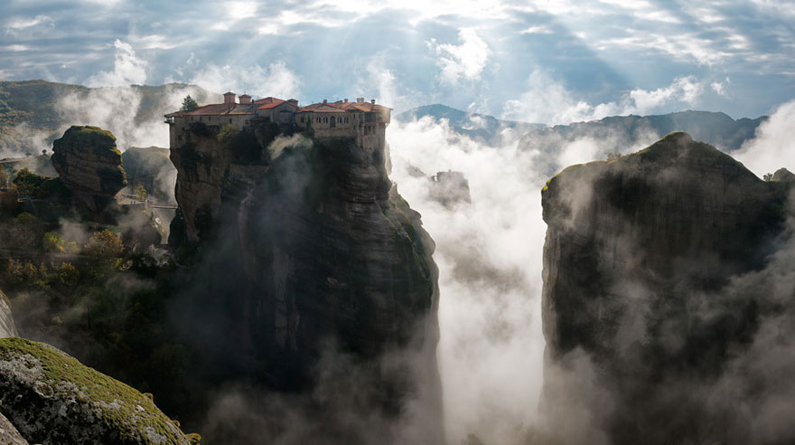Today We Are Going To Show You The List Of Some Most Amazing And Beautiful Places