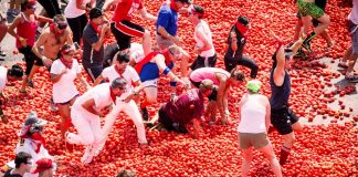 The La Tomatina Festival Of Spain Know The History