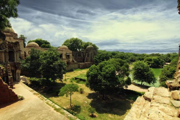 Hauz-Khas-Village