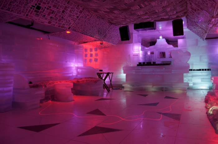 Ice-Lounge-Saket