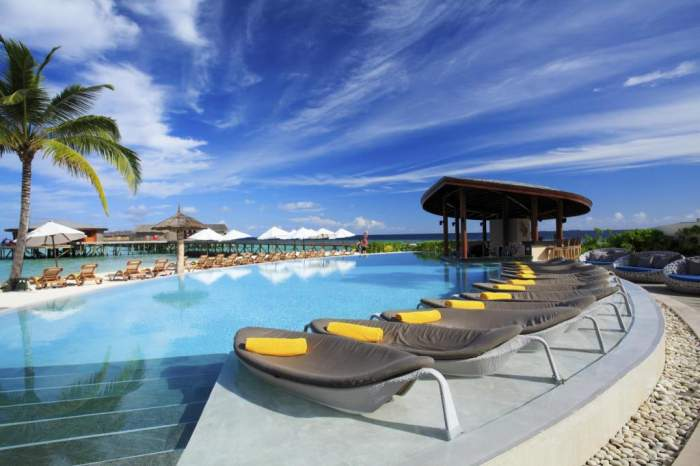 Centara Ras Fushi Resort & Spa Maldives