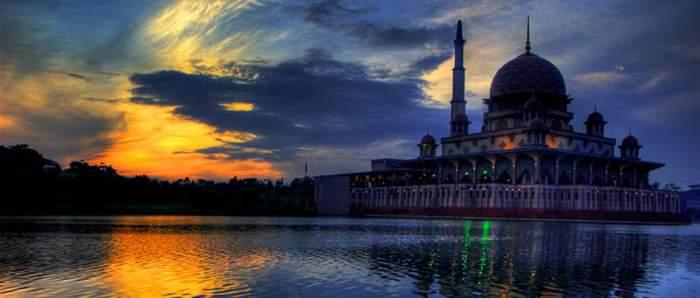 Hari Raya Aidil Fitri (Eid)