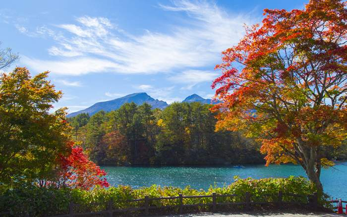 Goshiki-Numa The five colored lakes