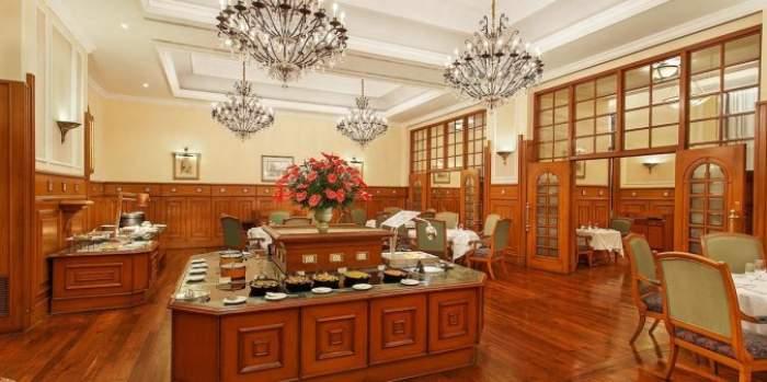 The Restaurant, The Oberoi Cecil