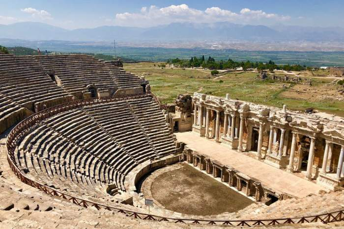 Visit Hierapolis City Ruins