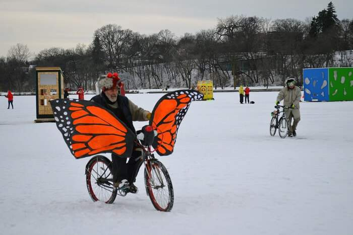 ride an ice bike at Harbin